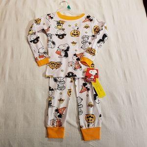 Peanuts Halloween 5T pajamas